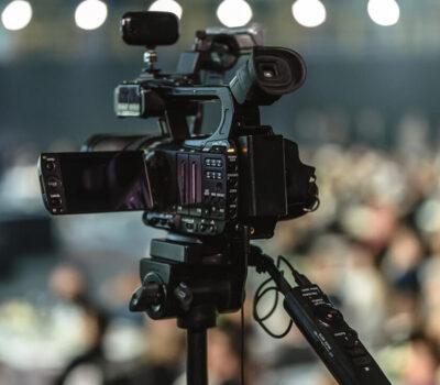 motivos-por-los-que-se-debe-grabar-un-evento